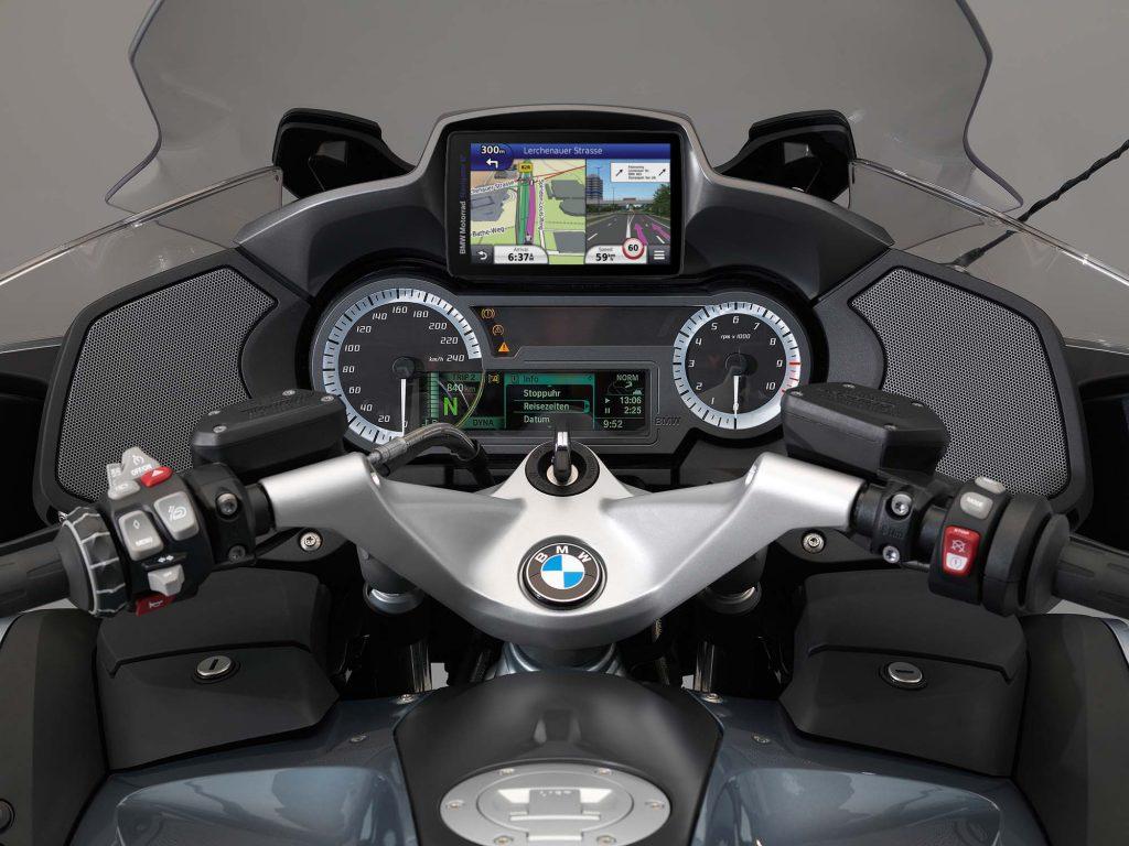 BMW Motorrad Navigator VI Motorcycle GPS mounted on BMW Motorbike